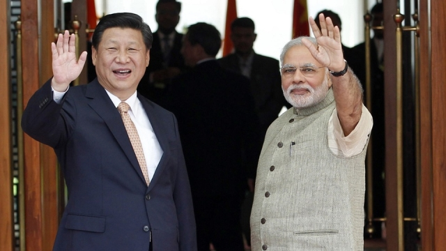 File photo of India's Prime Minister Narendra Modi (right) and Chinese President Xi Jinping. (Photo: Reuters)