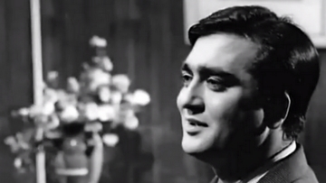 """Sunil Dutt's kind eyes and endearing smile had a huge fan following (Photo: Twitter/<a href=""""https://twitter.com/madhulata/status/368741453310070784"""">@madhulata</a>)"""