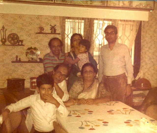 The author, at five years of age,  with Talat Mahmood and family at his Mumbai house.