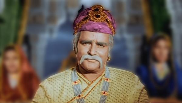 "Prithviraj Kapoor in <i>Mughal e Azam</i>. (Photo Courtesy: <a href=""https://www.shemaroo.com/"">Shemaroo Entertainment</a>)"