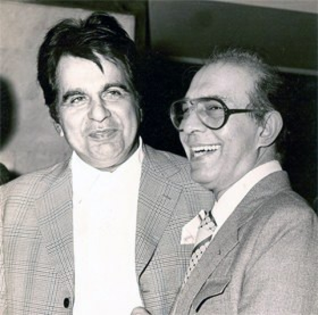 "<!--StartFragment-->Dilip Kumar and Talat Mahmood, two of the greatest names of the Indian film industry pose for press photographers. (Photo Courtesy:<a href=""http://www.talatmahmood.net/""> www.talatmahmood.net</a>)<!--EndFragment-->"