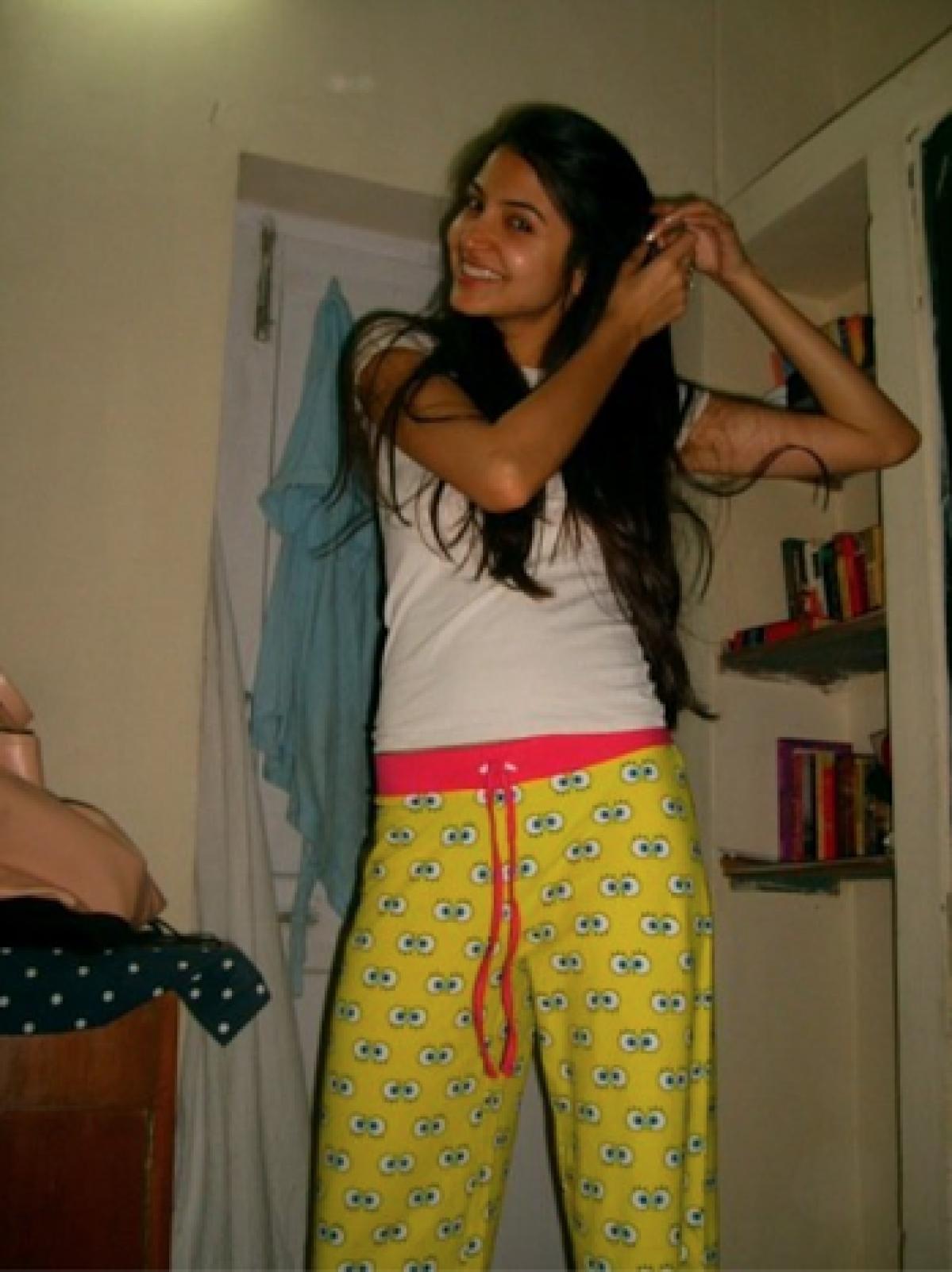 Anushka being her bindaas self