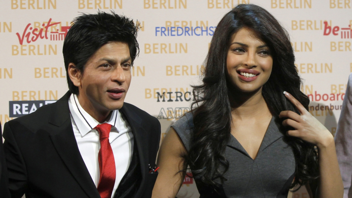 Bollywood actors Shahrukh Khan and Priyanka Chopra