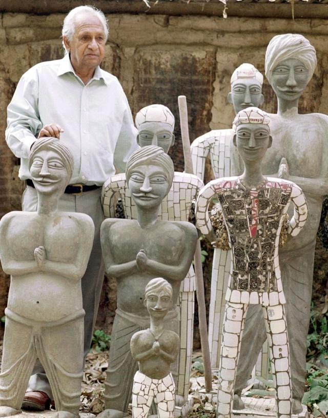 <!--StartFragment-->Nek Chand stands among idols in his Rock Garden (Photo Courtesy: Nekchand.com)<!--EndFragment-->