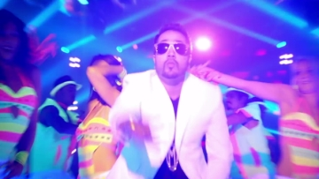 Mika Singh in trouble.
