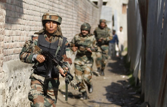 File photo of  Indian soldiers on patrol duty. (Photo: Reuters)