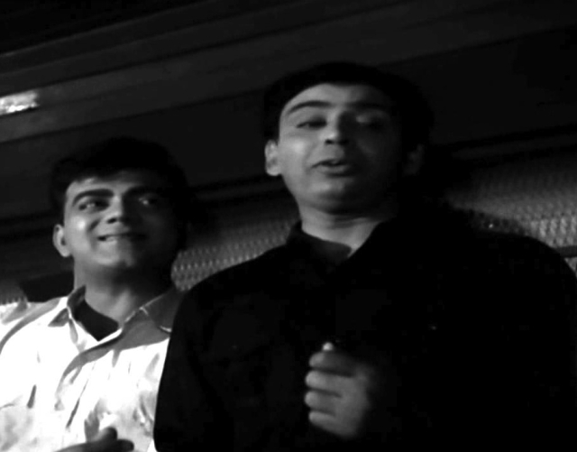 Mehmood with IS Johar in <i>Johar Mehmood in Goa.</i>