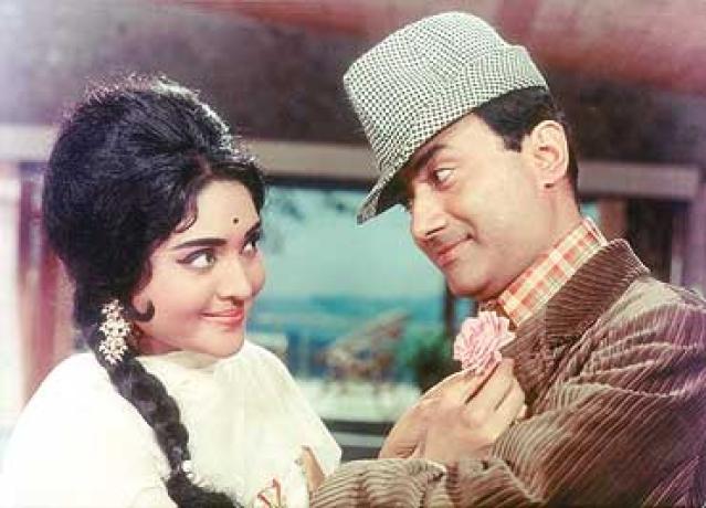 Dev Anand and Vyjayanthimala in <i>Jewel Thief.</i>