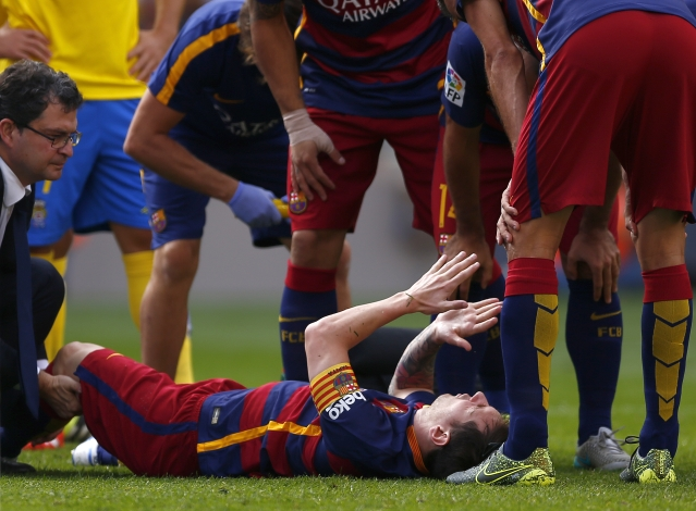 Lionel Messi is currently sidelined for 8 weeks due to an injury. (Photo: AP)