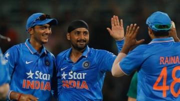 Harbhajan Singh and Axar Patel picked up crucial wickets for India.