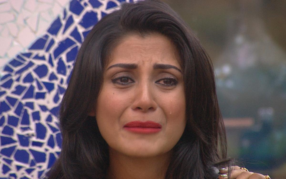 Bigg Boss Day 14: Salman's Prank Makes Rimi Sen Break Down
