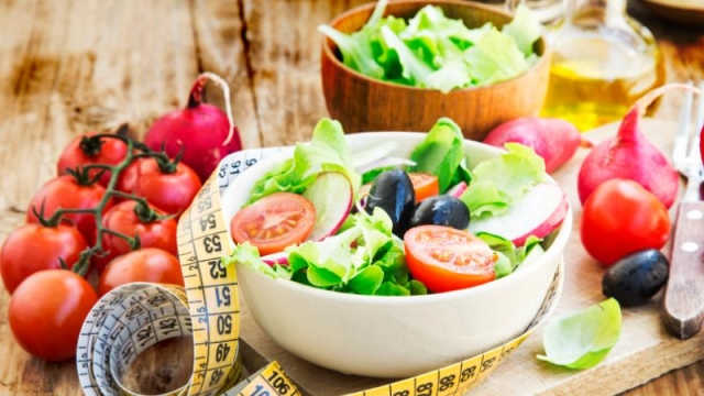 Studies have shown that the overall results were the same in diets which were individually focused on either carbohydrates or fats.