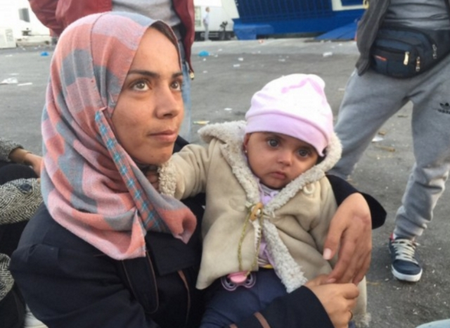 "Syrian refugees seek asylum in other European countries after fleeing due to the growing violence in the their country (Photo: Twitter/<a href=""https://twitter.com/CNN/status/666151218658598913"">@CNN</a>)"