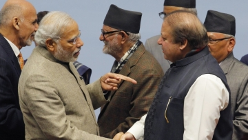 Prime Minister Narendra Modi and Pakistan Prime Minister Nawaz Sharif.  (Photo: Reuters)