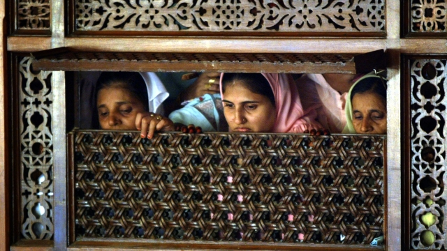 Dawoodi Bohra Muslim women at a wedding in Mumbai.      (Photo: Reuters)