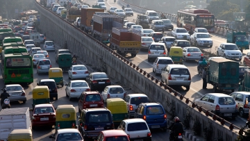 The odd-even plan kicked off new year in the national capital (Photo: Reuters)