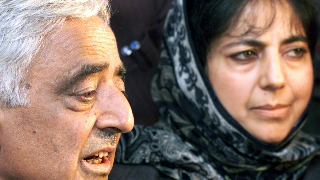 The recently deceased Mufti Mohammad Sayeed with his daughter and PDP President Mehbooba Mufti. (Photo: Reuters)