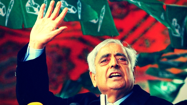 Harmonious relationship between India and Pakistan is what Mufti Mohammad Sayeed always aspired for. (Photo: PTI/Altered by <b>The Quint</b>)