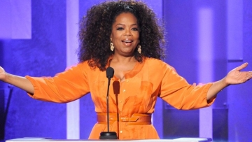 "Happy birthday Oprah! (Photo:<a href=""https://twitter.com/Inc/status/692839344806047745""> Twitter/@inc</a>)"