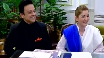 Pakistani singer Adnan Sami along with his wife at Home Ministry (Photo: ANI)
