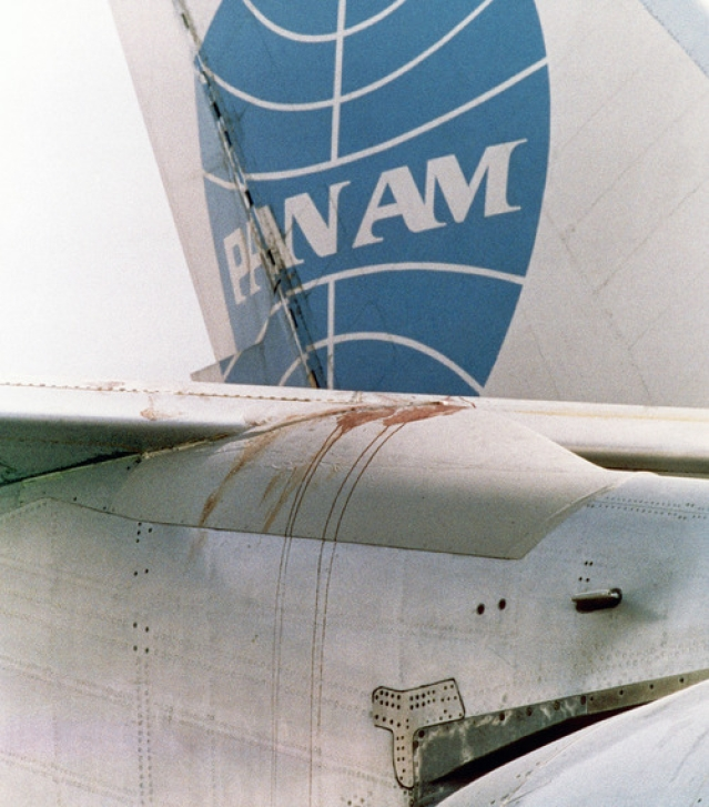 Bloodstain is seen on one of the wings of the Pan Am jetliner on the Karachi Airport, Pakistan on 6 September 1986. (Photo: AP)