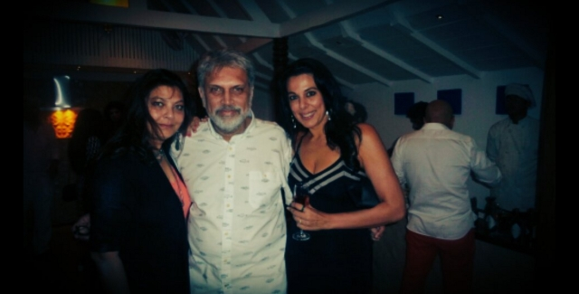 "Kimi Katkar with her husband Shantanu and Pooja Bedi (Photo: Twitter/<a href=""https://twitter.com/poojabeditweets"">@poojabeditweets</a>)"