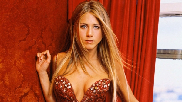 Happy birthday Jennifer Aniston. (Photo: Fanshare.com)