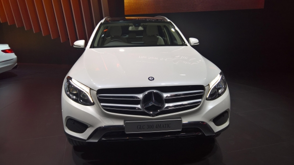 Mercedes S-Class Cabriolet at Delhi Auto Expo. (Photo: S Aadeetya/<b>The Quint</b>)