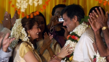 Late Sunanda Puskhar (L) and her husband Shashi Tharoor at their wedding ceremony in Palakkad, in Kerala.