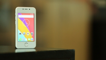 Freedom 251 is the cheapest smartphone in the world priced at under $4. (Photo: <b>The Quint</b>)