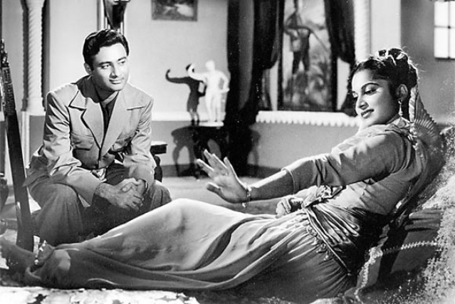 Dev Anand and Waheeda Rehman in a scene from <i>CID</i>