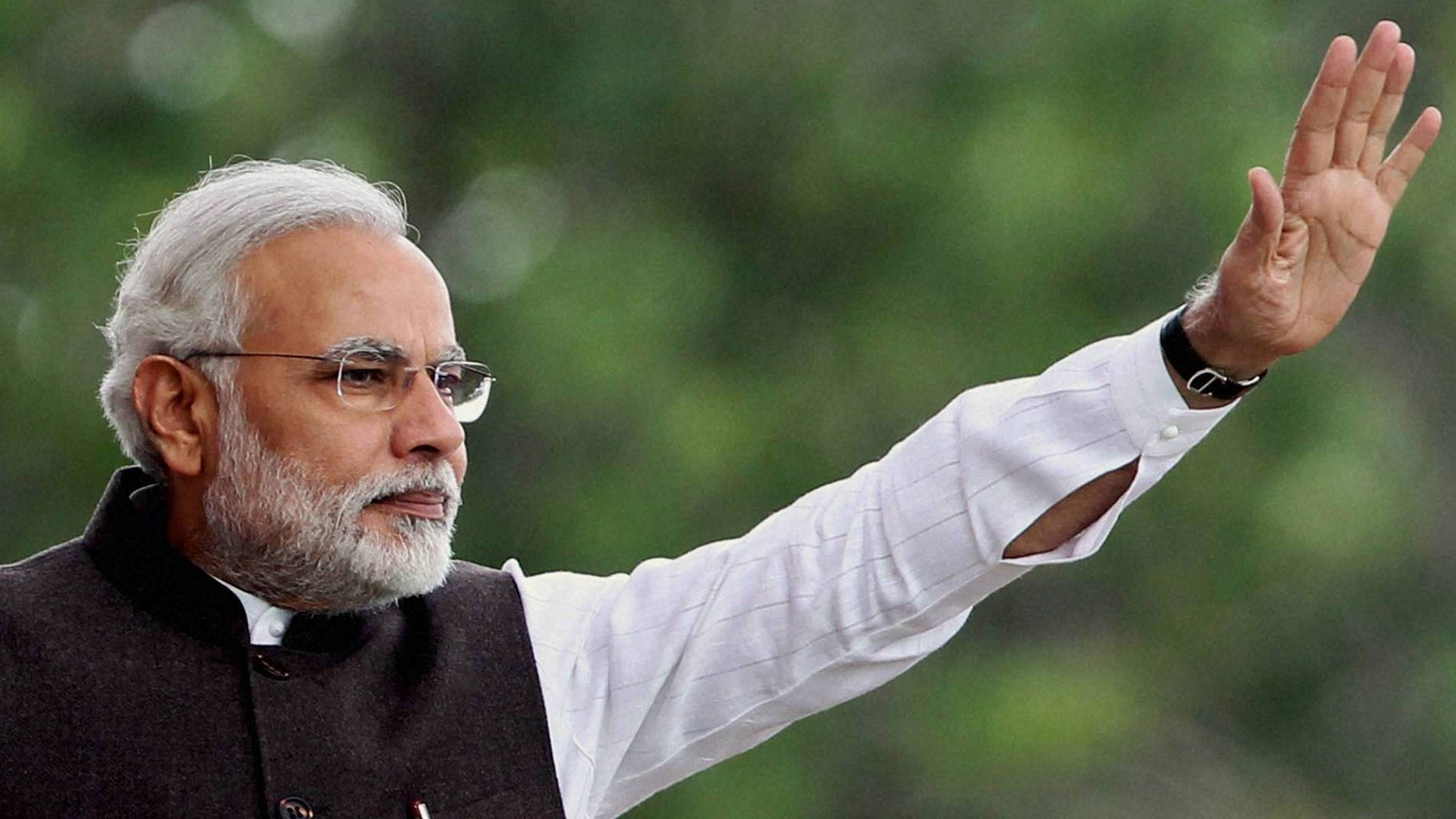 EC Clean Chit to PM's Controversial Speeches Not Unanimous: Report