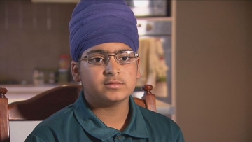Harjeet was also allegedly threatened with being stabbed and had his turban pulled in the hate-fuelled attack aboard a suburban bus. (Photo Courtesy: sbs.com.au)