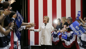 Hillary Clinton sweeps through Super Tuesday (Photo: Reuters)
