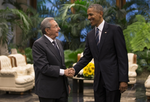 US President Barack Obama with Cuba's President Raul Castro. (Photo: AP)