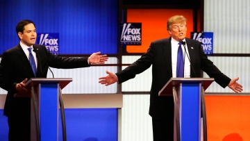 At the Fox News Republican presidential debate on Thursday, Donald Trump suggested that he has a large penis. (Photo: AP)