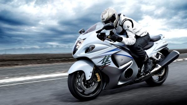 Suzuki Hayabusa. (Photo: Suzuki Motorcycles)