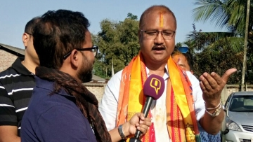 <b>The Quint</b> in conversation with BJP candidate and a former ULFA member, Bhaskar Sarma. (Photo: <b>The Quint</b>)