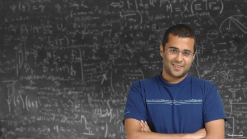 And among the new list of electives offered by English departments to students from other disciplines was a surprising addition: Chetan Bhagat's<i> Five Point Someone</i> in the 'Popular Fiction' course. (Photo: <b>The Quint</b>)
