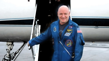 Scott Kelly returns to earth after spending 340 days in space. (Photo Courtesy: NASA)