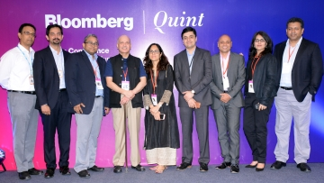 Quintillion Media's Raghav Bahl and Bloomberg Media International's Parry Ravindranathan. (Photo: <b>The Quint</b>)