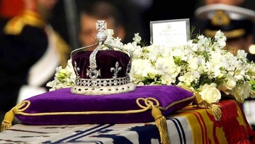 The famed diamond from India now lies in the confines of the Tower of London. (Photo: Reuters)