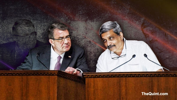 On Monday, US Defence Secretary Ashton Carter and his Indian counterpart Manohar Parrikar are likely to hold a bilateral meeting followed by a joint press conference at the Pentagon. (Photo: PTI/ Altered by <b>The Quint</b>)