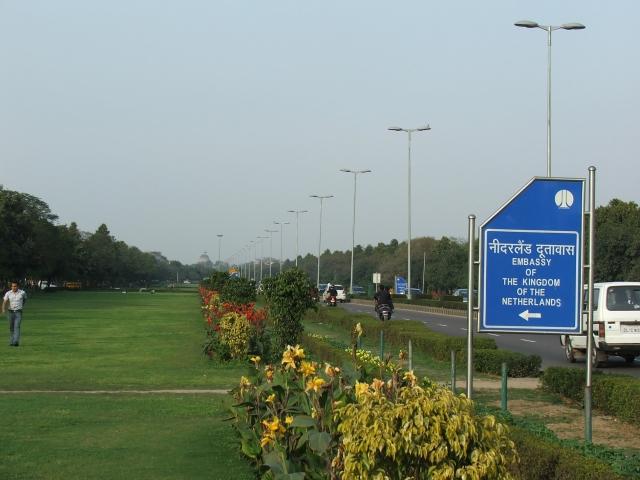 Shantipath, Chanakyapuri, Embassies District in New Delhi, India. (Photo Courtesy: Wikimedia Commons)
