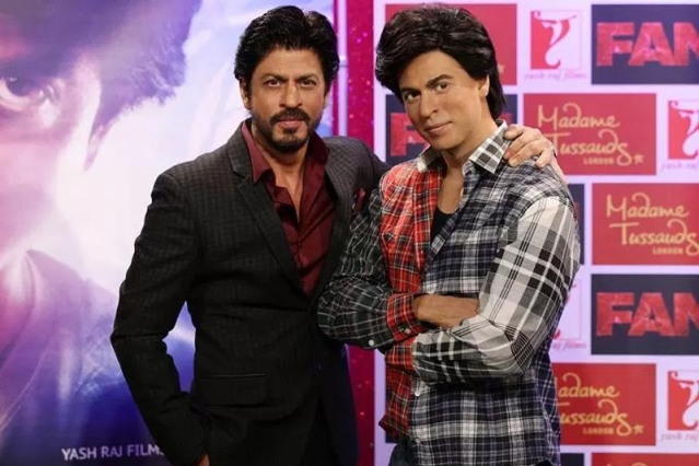 "How did Gaurav manage to get past security at Madame Tussauds? (Photo: Twitter/<a href=""https://twitter.com/PlanetSRK"">@PlanetSRK</a>)"