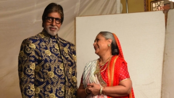 Behind the scenes of an ad shoot, Amitabh Bachchan and wife Jaya Bachchan. (Photo Courtesy: Amitabh Bachchan's Blog)