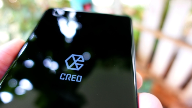 Creo Mark 1 Smartphone is not for the butterfingers. (Photo: <b>The Quint</b>/@2shar)