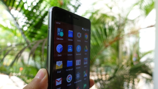 Creo Mark 1 Smartphone gets a 5.5-inch display. (Photo: <b>The Quint</b>/@2shar)