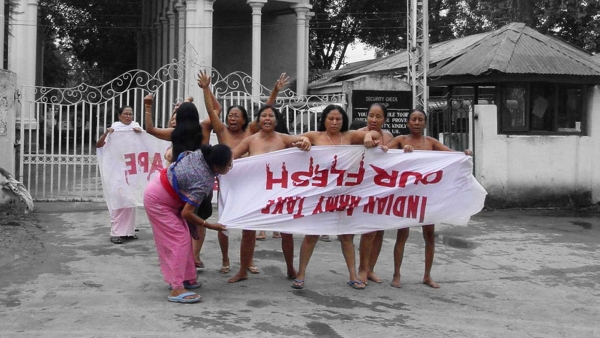 The protest by the Imas (mothers) of Manipur  after Manorama's death. (Photo Courtesy: Sunzu Bachaspatimayum)