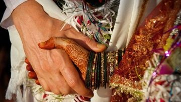 Matrimonial websites must only be for marriage, says the government. Not your annoying neighbour. (Photo: iStock)